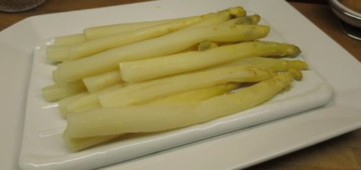 Asperges sauce mousseline light